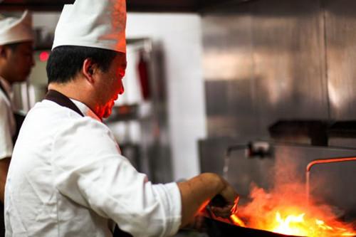 除了机器人,又一种技术影响着厨师的未来!