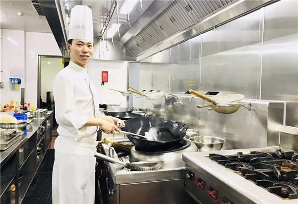 骆文龙:我想做这样的大厨!