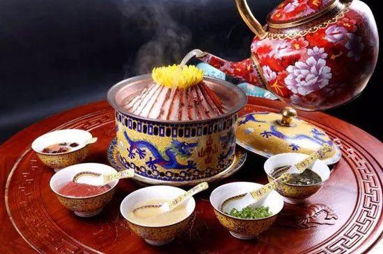 【京菜】菊花酸菜炉肉热锅