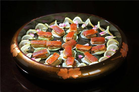 【粤菜】金猪低温鸭肝夹