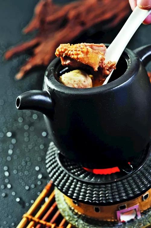 【闽菜】金牌牛肉圆炖番鸭