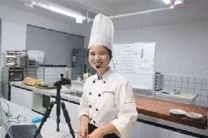 学小吃网大厨的成功之路:《舌尖3》触底反弹,这位90后美女厨师立了大功!