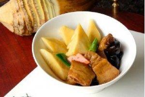 【粤菜】春笋焖土猪肉
